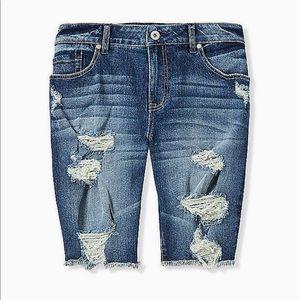 Nwt Torrid low rise Bermuda denim shorts
